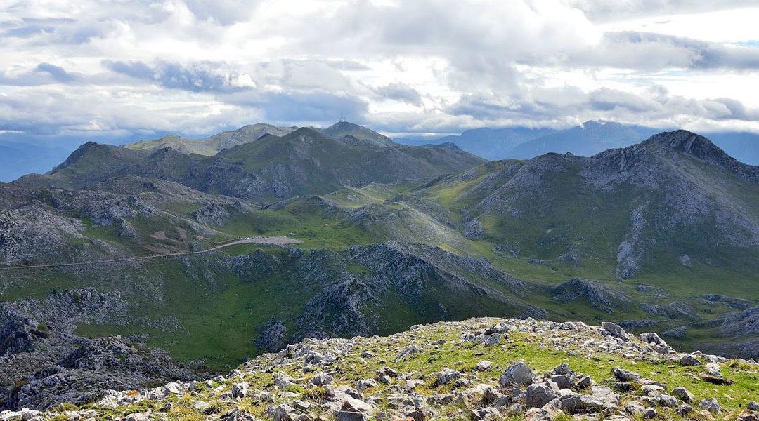 Riosa y el Grupo de Montaña Llazarandín en TPA